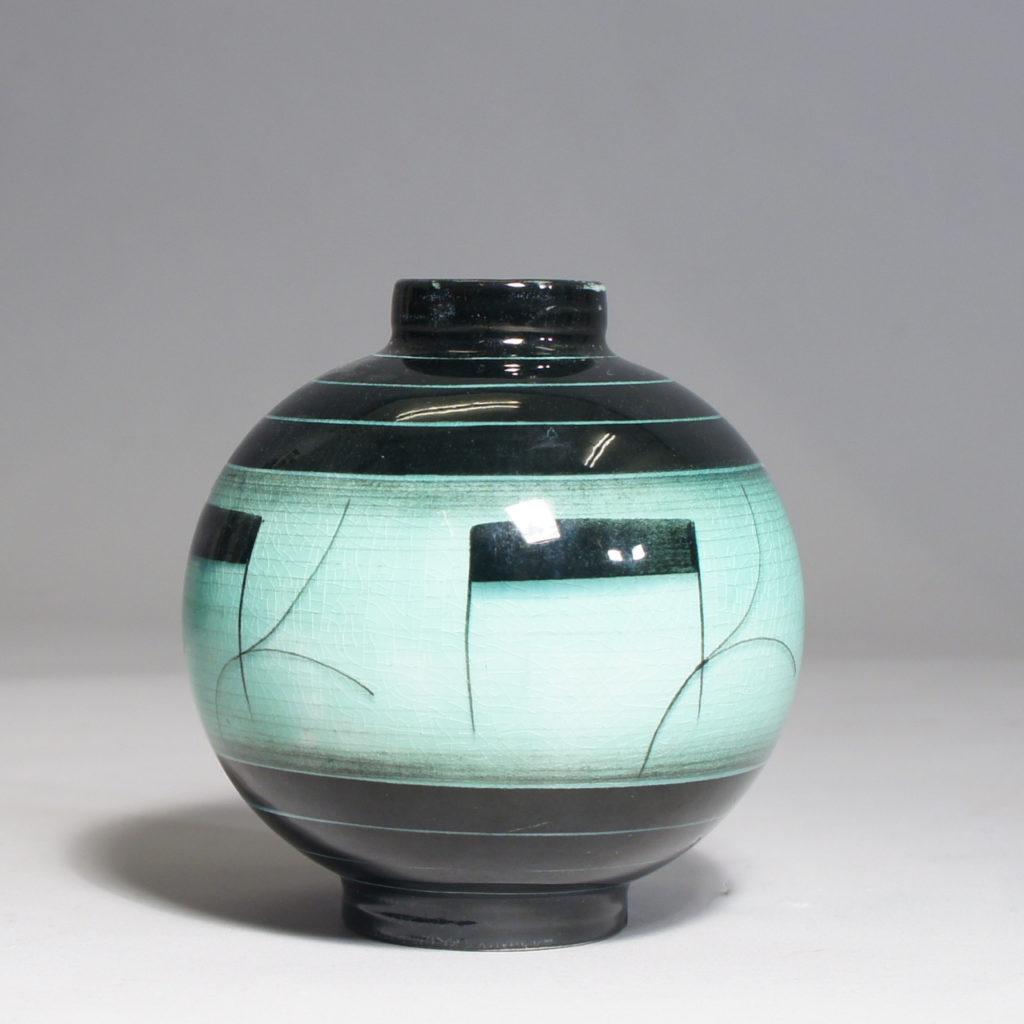 Ilse Cleason for Rörstrand, Sweden. Ceramic vase, Serie V, 1930s. Height 12, diam 13 cm.