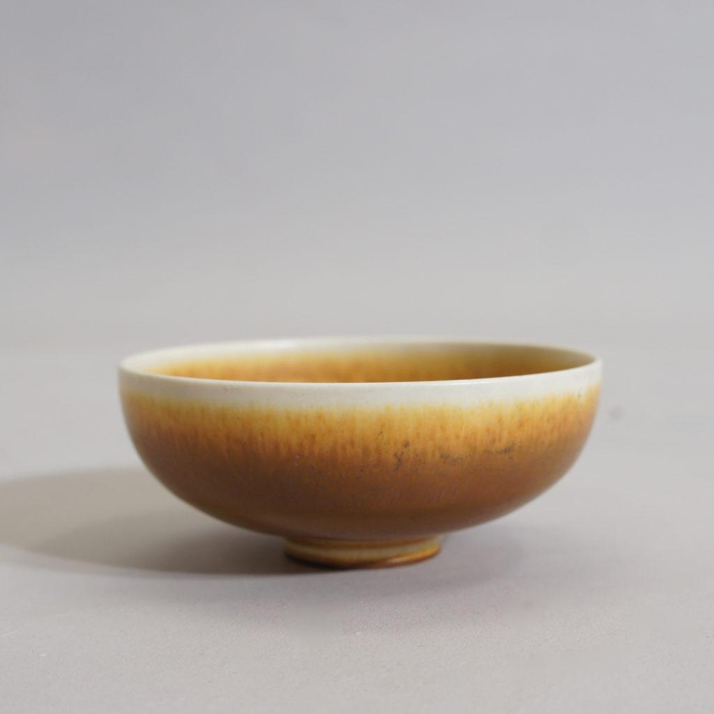 Berndt Friberg for Gustavsberg, Sweden. Bowl in stoneware with harefur glaze. 1965.