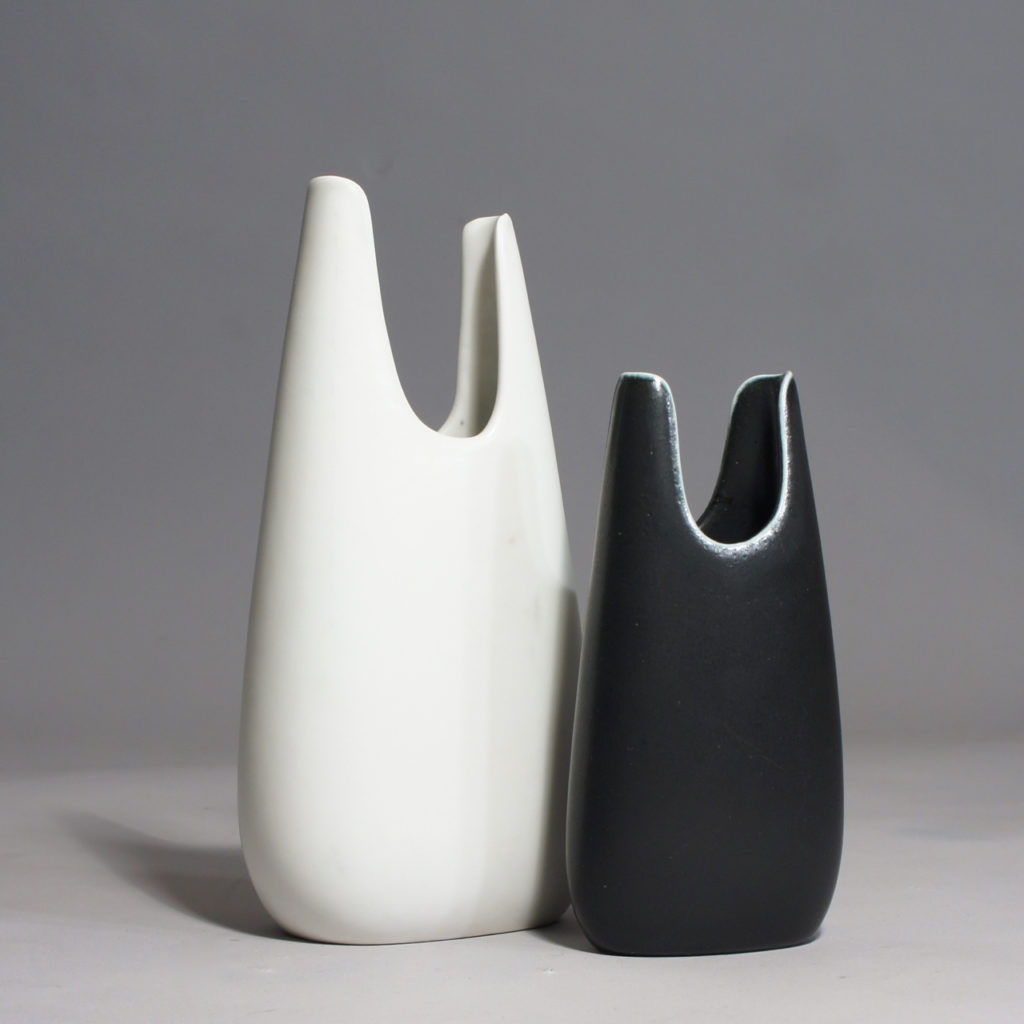 "Gunnar Nylund for Rörstrand. ""Caolina"". Signed vases in stoneware."