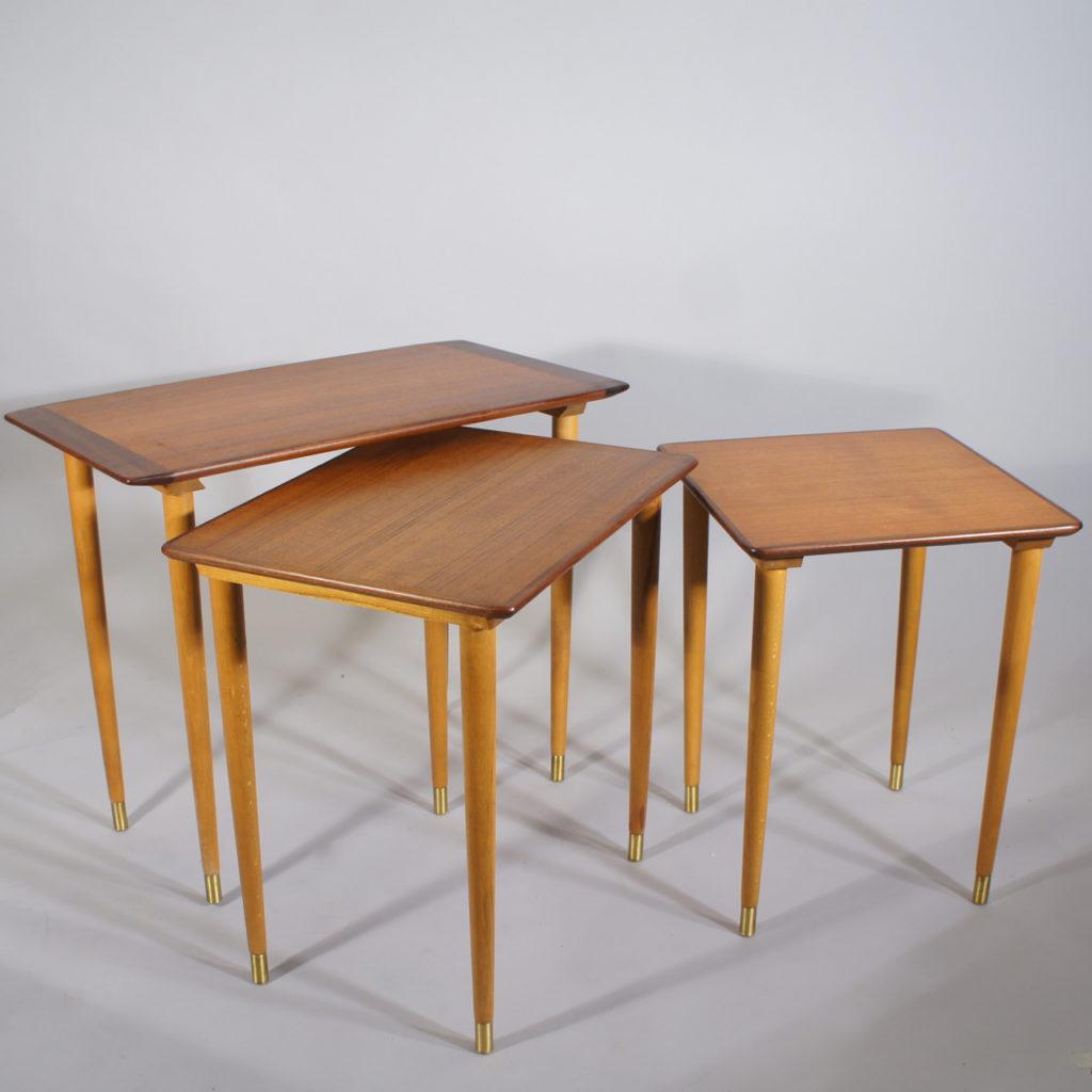 Scandinavian nesting table in teak in three parts. 1950's